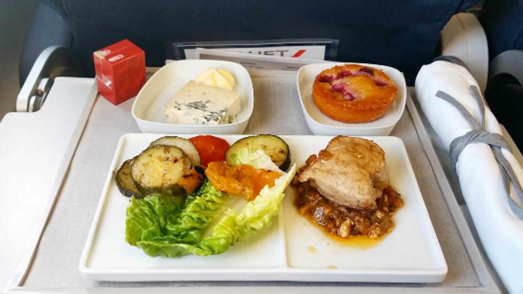 Thomson Inflight Meals >> Instagram Account Inflight Feed Reveals The Best And Worst