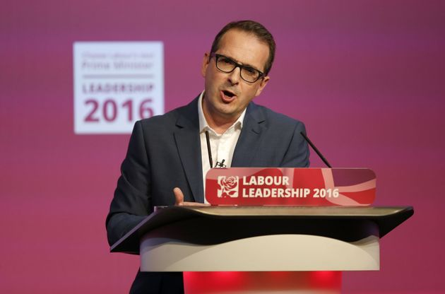 Owen Smith Rebukes Labour Leadership Debate Audience For Laughing At Scottish Labour Leader Kezia