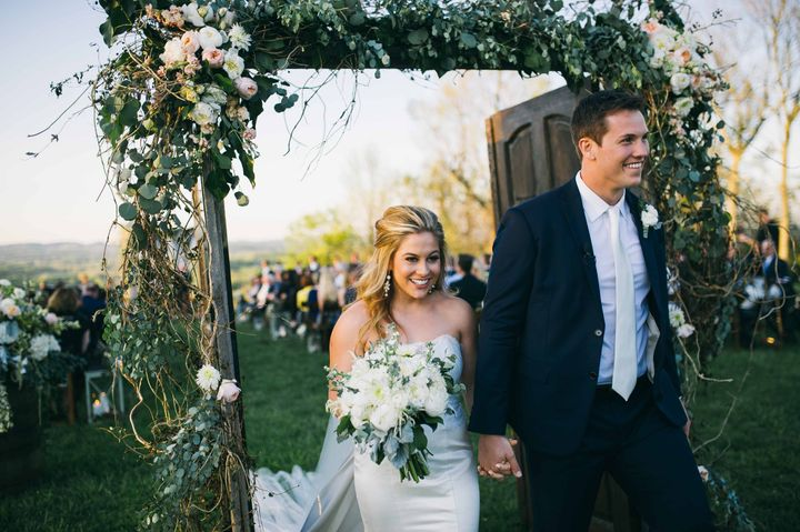 Olympian Shawn Johnson's Rustic-Chic Wedding Deserves A Gold Medal ...