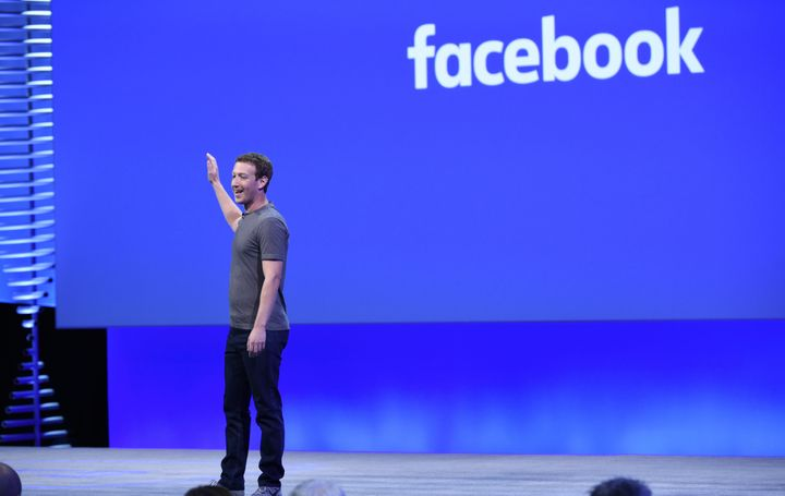 Facebook is now relying on an algorithm to populate its trending news section.