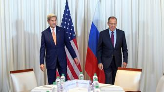 U.S. Secretary of State John Kerry (L) and Russian Foreign Minister Sergei Lavrov (R) before a bilateral meeting focused on the Syrian crisis in Geneva, Switzerland August 26, 2016. REUTERS/Martial Trezzini/Pool