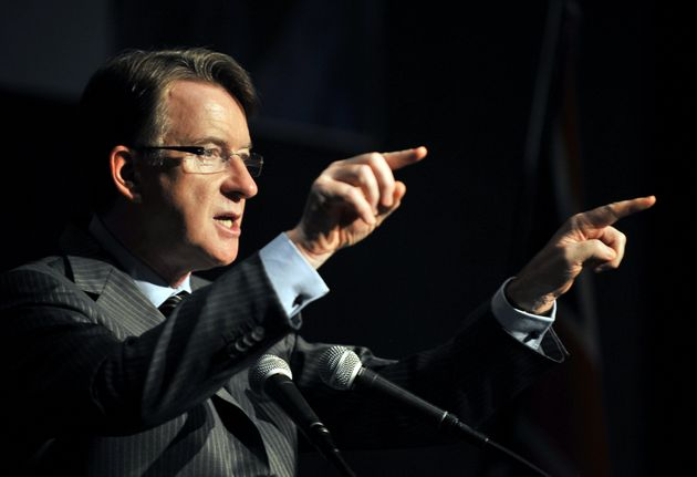 Mandelson as Trade and Industry Secretaryover a scandal concerning a £373,000