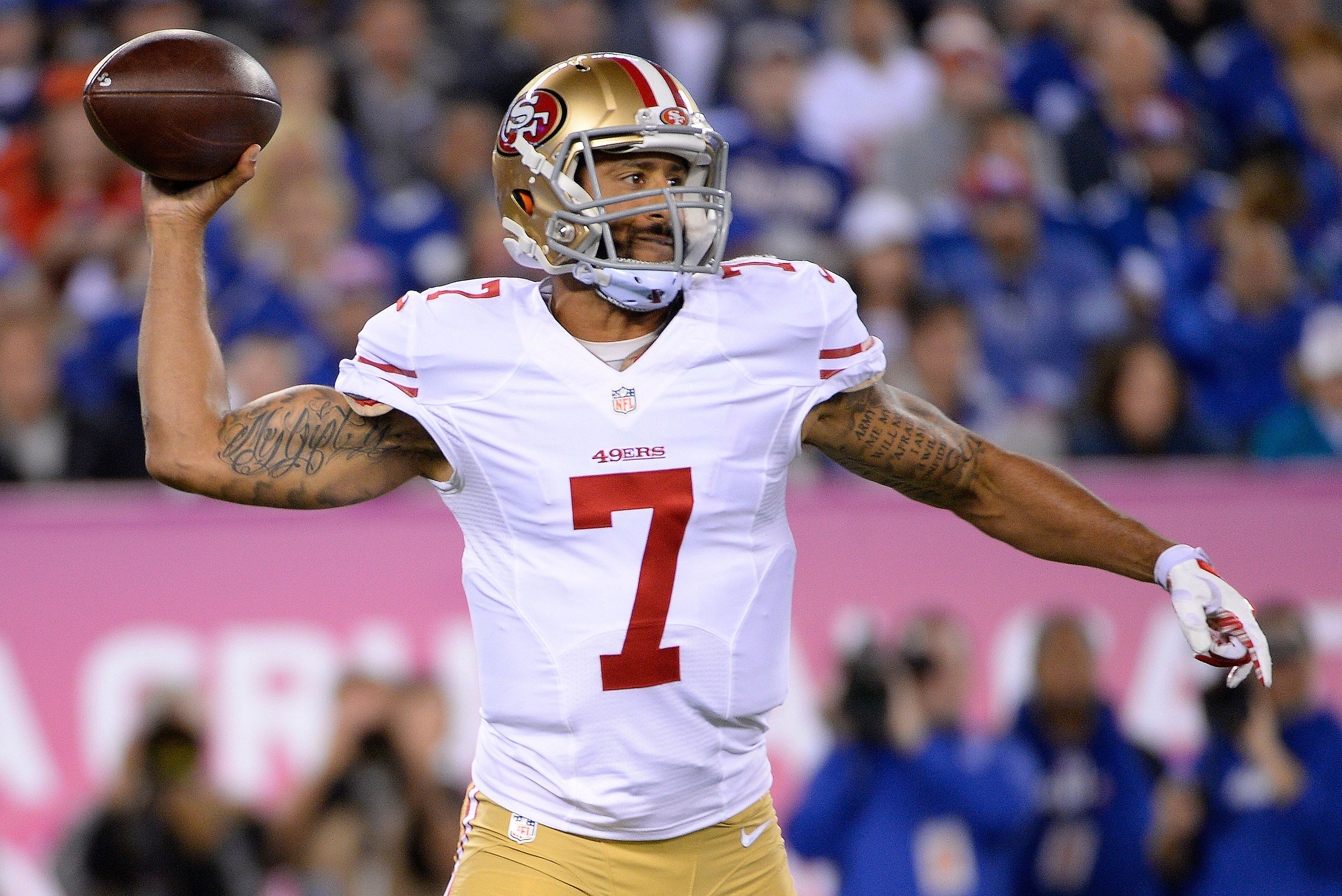 Oct 11, 2015; East Rutherford, NJ, USA; San Francisco 49ers quarterback Colin Kaepernick (7) throws the ball against the New York Giants in the second quarter at MetLife Stadium. Mandatory Credit: Robert Deutsch-USA TODAY Sports