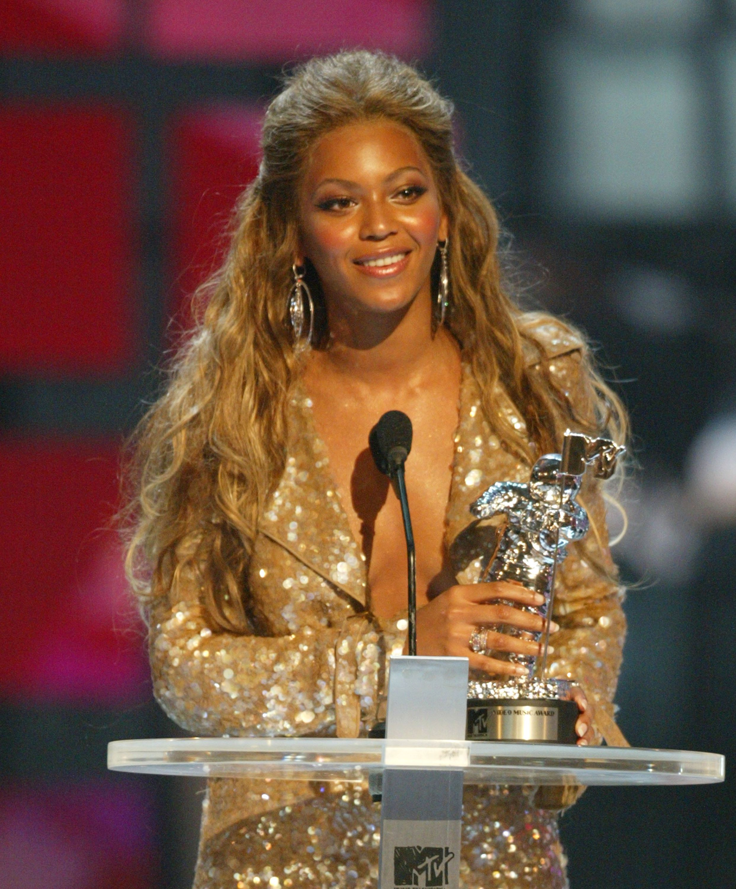Beyonce Knowles during 2003 MTV Video Music Awards - Show at Radio City Music Hall in New York City, New York, United States. (Photo by Kevin Kane/WireImage)
