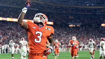 Jan 11, 2016; Glendale, AZ, USA; Clemson Tigers wide receiver Artavis Scott (3) celebrates after scoring a touchdown against the Alabama Crimson Tide in the fourth quarter in the 2016 CFP National Championship at University of Phoenix Stadium. Mandatory Credit: Matt Kartozian-USA TODAY Sports