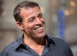 The 10-Minute Morning Ritual That Helps Tony Robbins Stay Positive All Day
