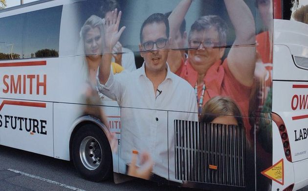 Owen Smith's Campaign Bus Has A Very Unfortunate Photo On