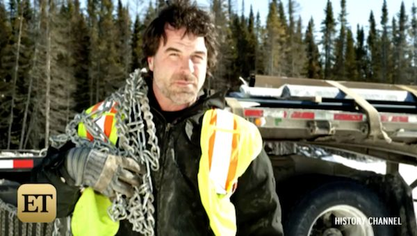 "Darrell Ward  a star of the reality TV show ""Ice Road Truckers"" has died in a plane crash."