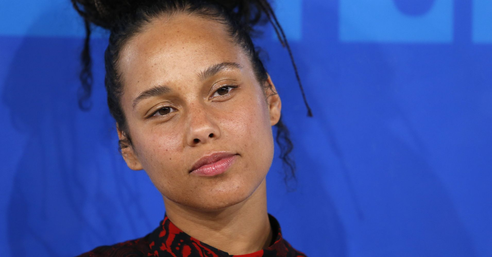 Don't Use Alicia Keys' Bare Face To Shame Women Who Wear Makeup | HuffPost