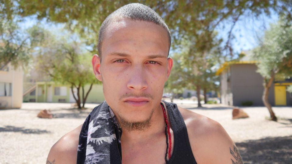 「現実を暴露しただけだ」黒人エリック・ガーナーが警察に絞殺される瞬間を撮影した男、4年間刑務所に入る