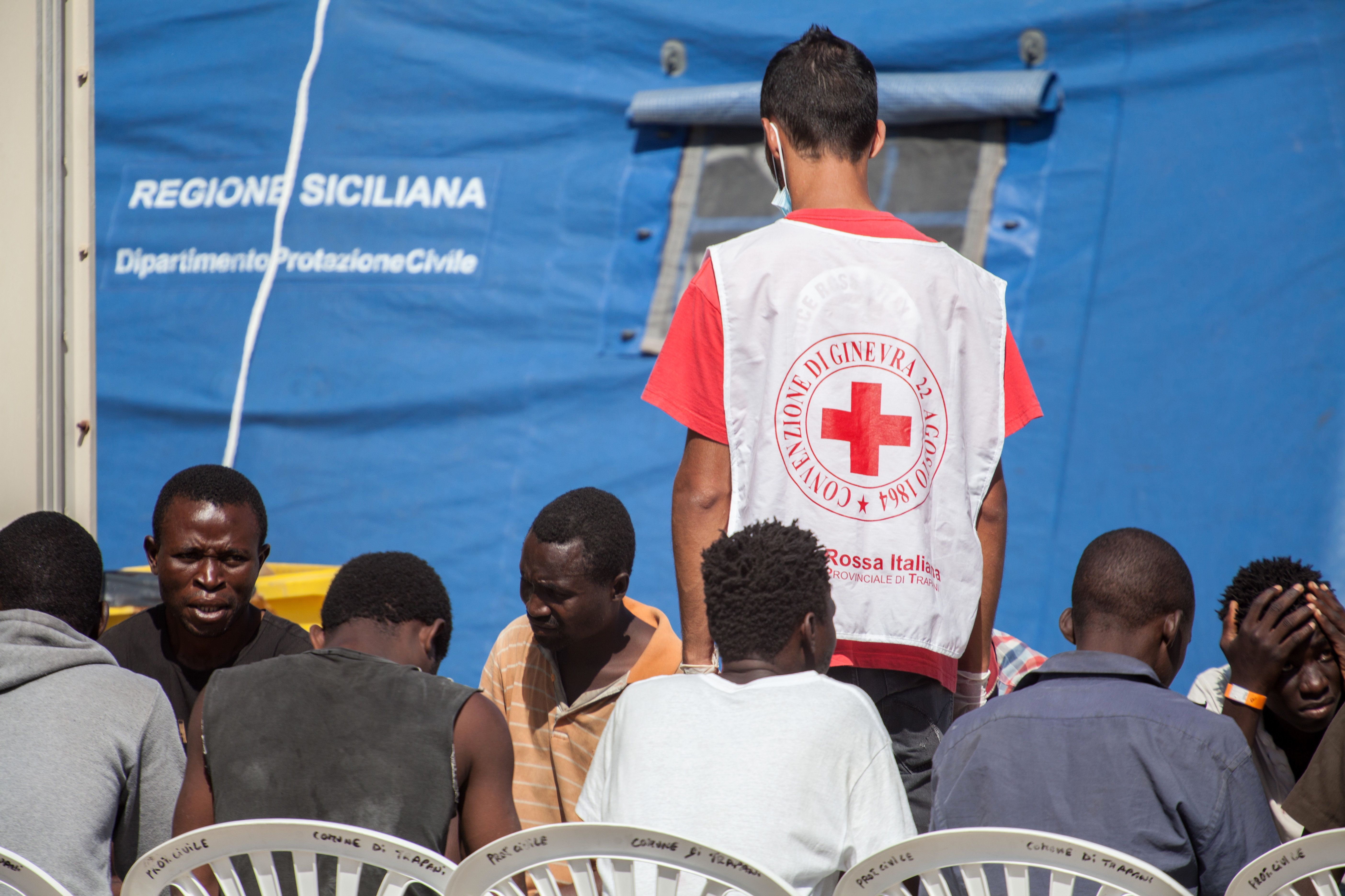 10,000 Migrants Saved Off Italian Coast In Two