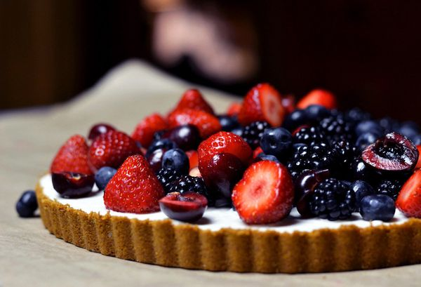 "<strong>Get the <a href=""http://theearthentable.com/2014/07/vegan-lemon-berry-icebox-tart/"" target=""_blank"">Vegan Lemon Berry"