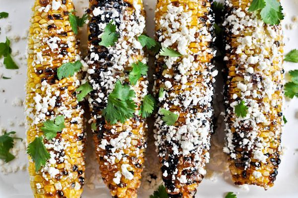 """<strong>Get the <a href=""""http://www.howsweeteats.com/2011/07/grilled-corn-with-bacon-butter-and-cotija-cheese/"""" target=""""_blan"""