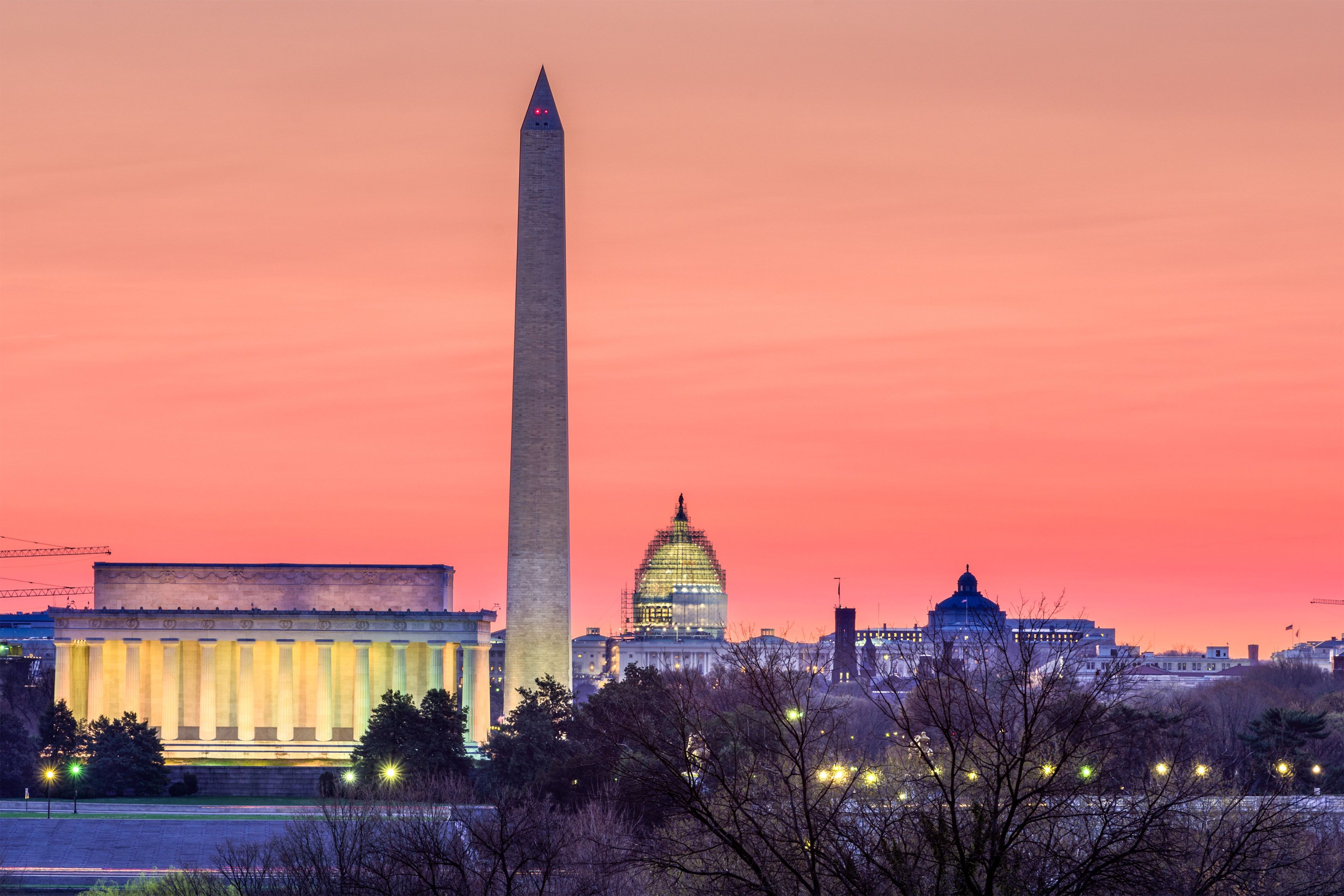 Washington DC, USA skyline at dawn.