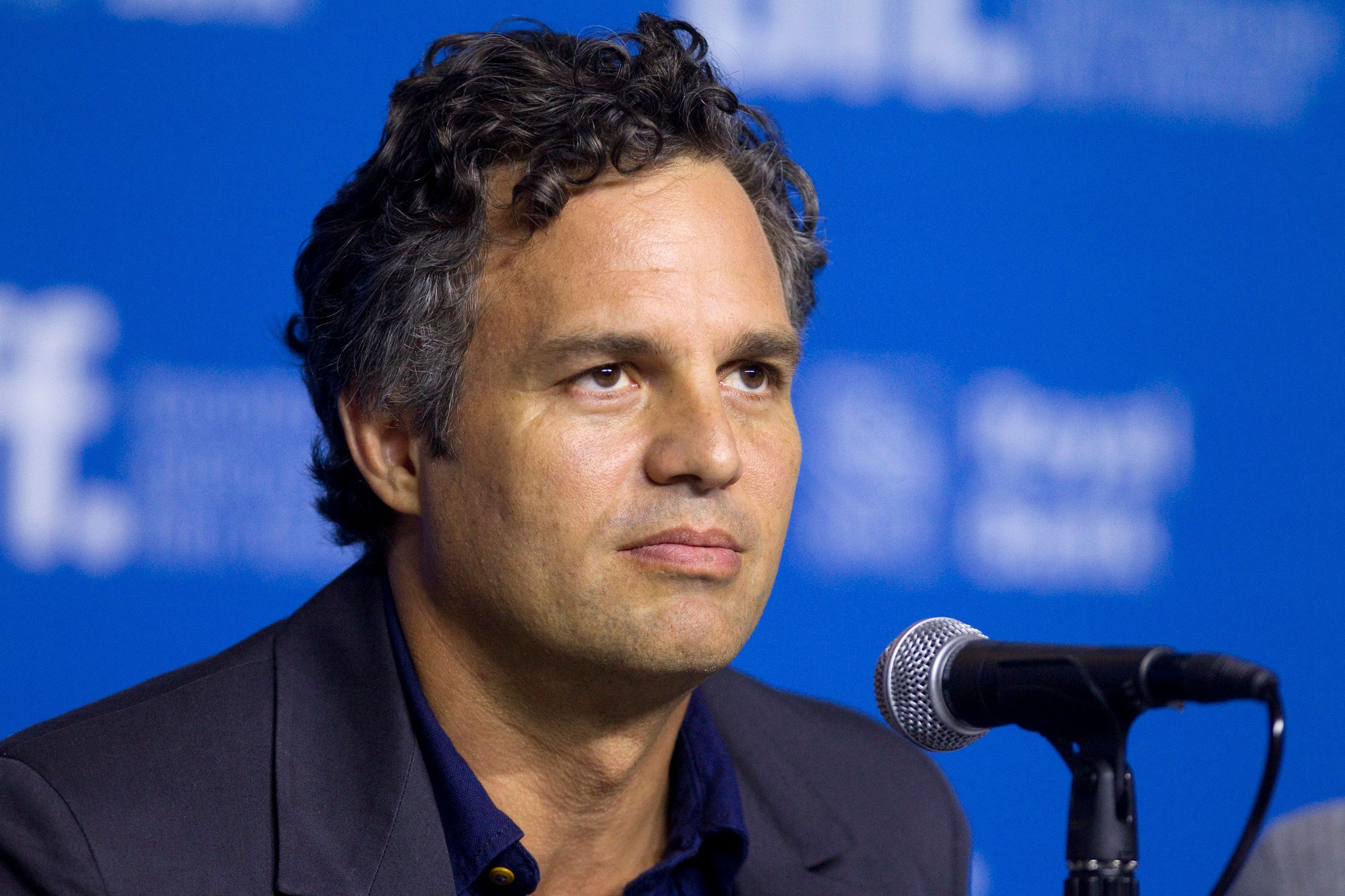 """Actor Mark Ruffalo attends a news conference to promote the film """"Foxcatcher"""" at the Toronto International Film Festival (TIFF) in Toronto, September 8, 2014.    REUTERS/Fred Thornhill (CANADA - Tags: ENTERTAINMENT)"""