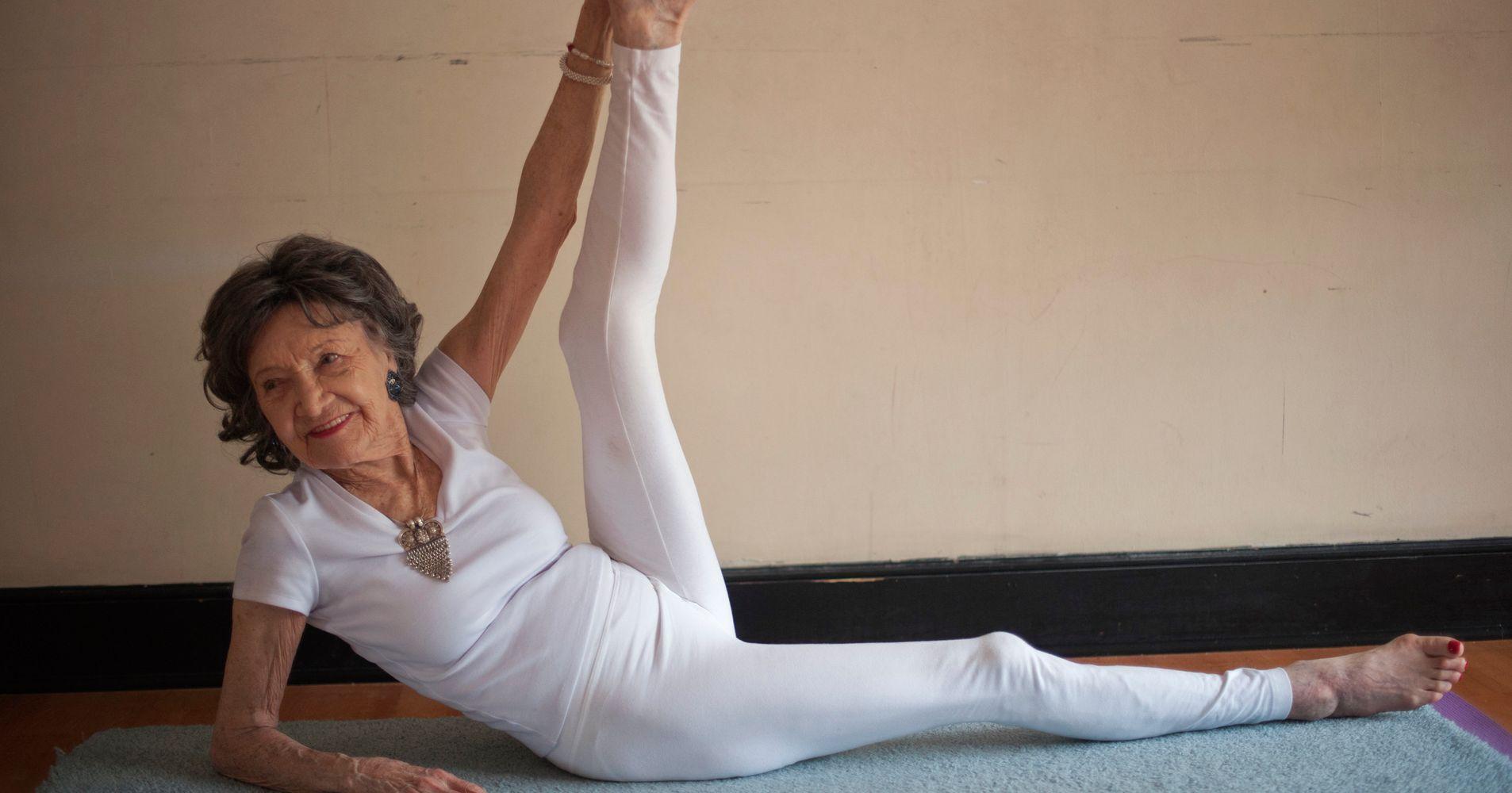 World's Oldest Yoga Teacher Shares 3 Secrets For Lifelong ...