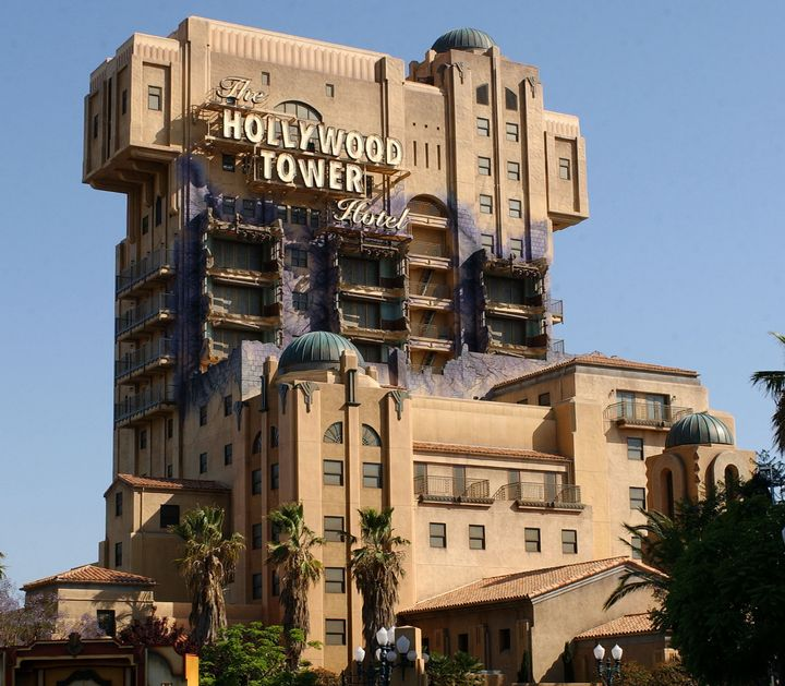 Disney S California Adventure Is Officially Closing The Tower Of Terror Forever Huffpost