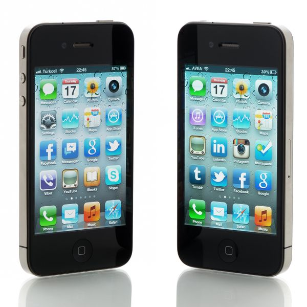how much is an iphone 4 worth apple s iphone upgrade program uk how does it work and is 3486