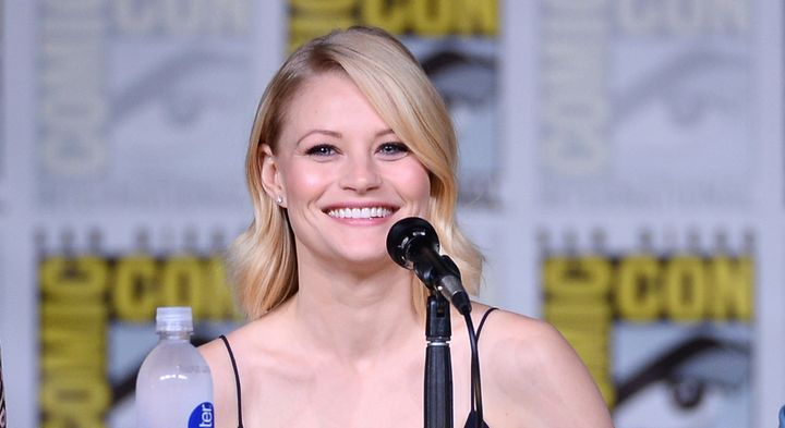 "Actress Emilie de Ravin tweeted that she was ""grabbed forcefully"" by an airline employee while traveling with her breast pump."