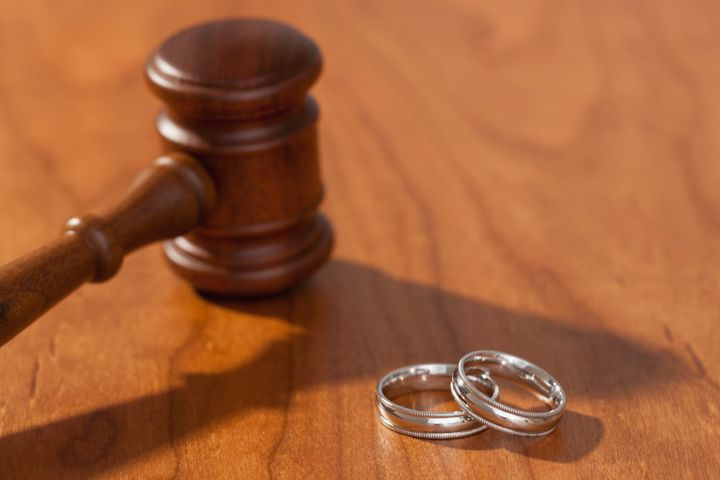 Avoid getting involved in court litigation. Your parents divorcing is already stressful enough for you.