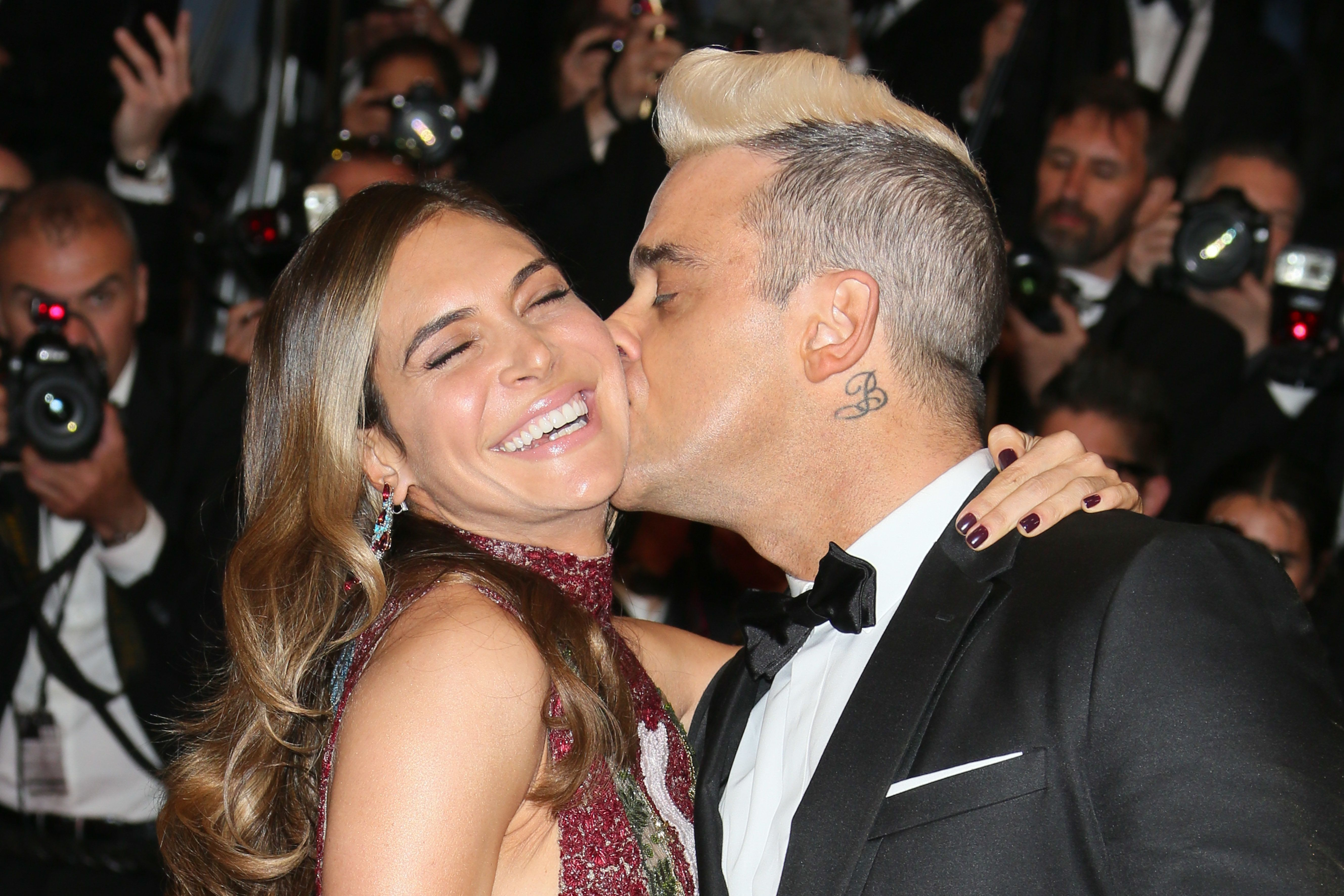 Robbie Williams And Ayda Field Planning To Have Third