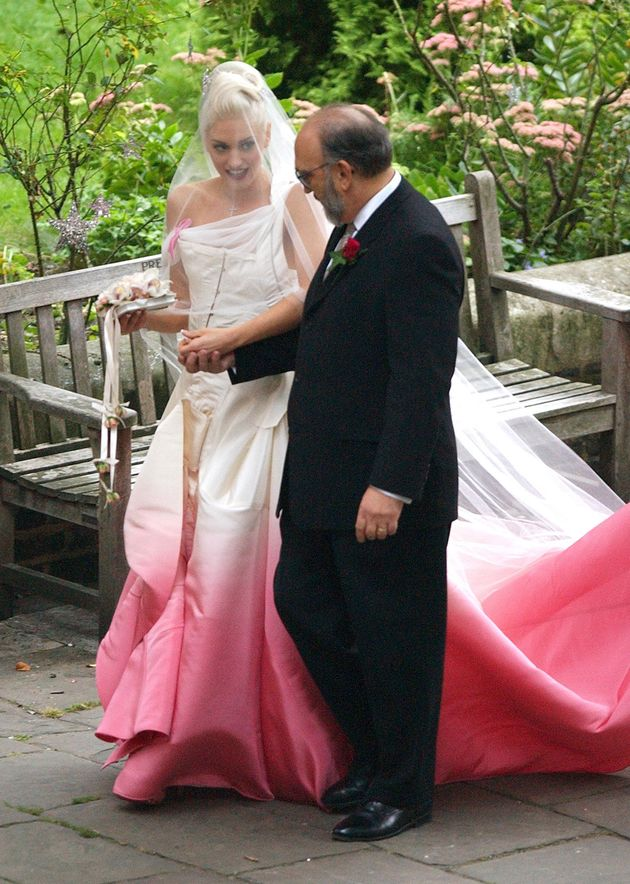 Dip Dye Wedding Dress Divides Opinion All Over The