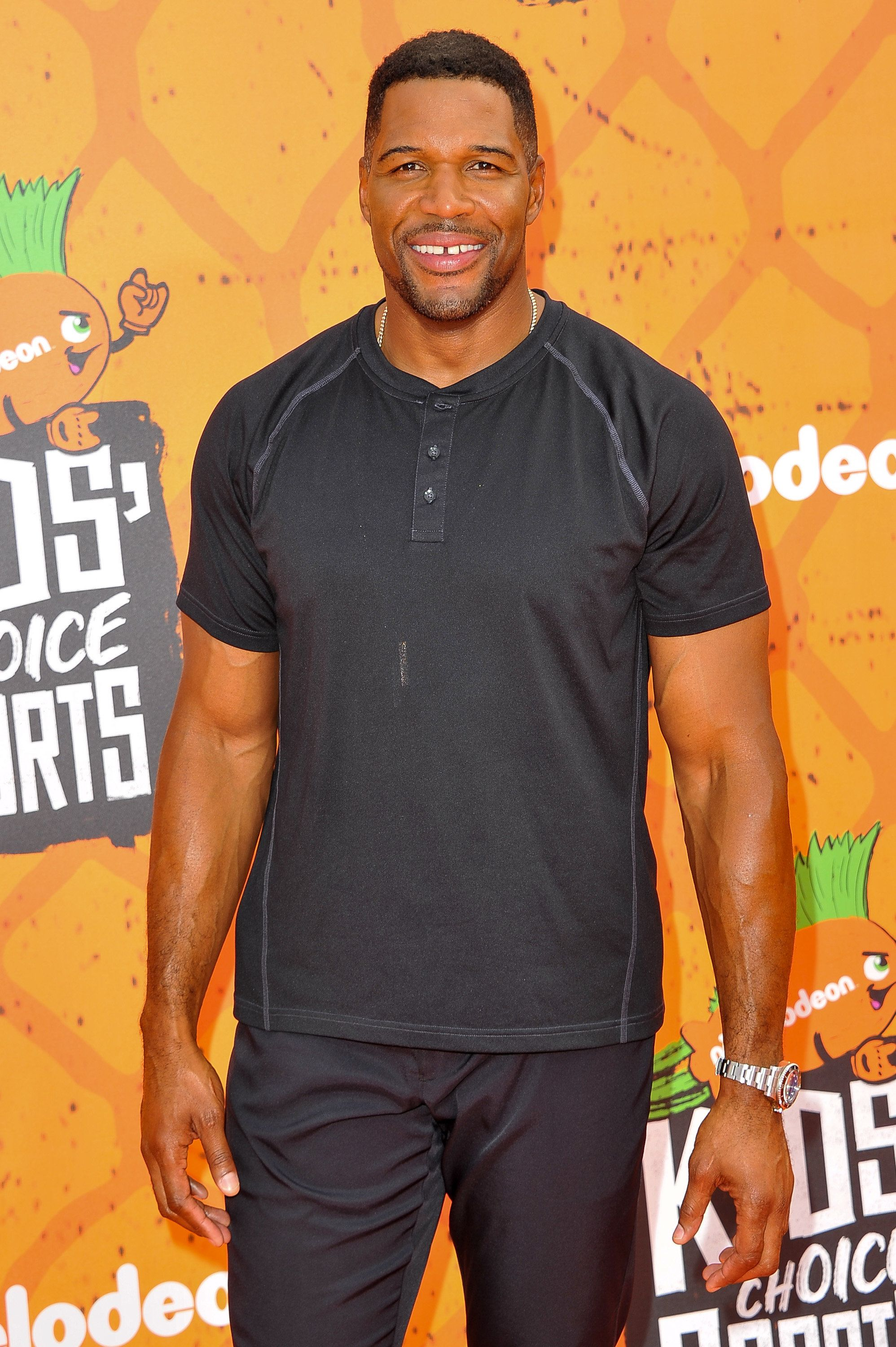 WESTWOOD, CA - JULY 14:  TV personality Michael Strahan arrives at the Nickelodeon Kids' Choice Sports Awards 2016 at UCLA's Pauley Pavilion on July 14, 2016 in Westwood, California.  (Photo by Allen Berezovsky/WireImage)