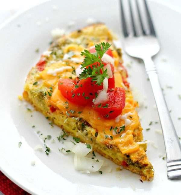 "<strong>Get the <a href=""http://diethood.com/slow-cooker-veggie-omelette/"" target=""_blank"">Slow Cooker Veggie Omelet recipe</"