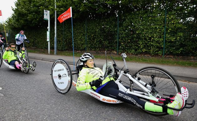 Claire hand-cycled 400 miles over three weeks from Nottingham to London to raise money for Spinal