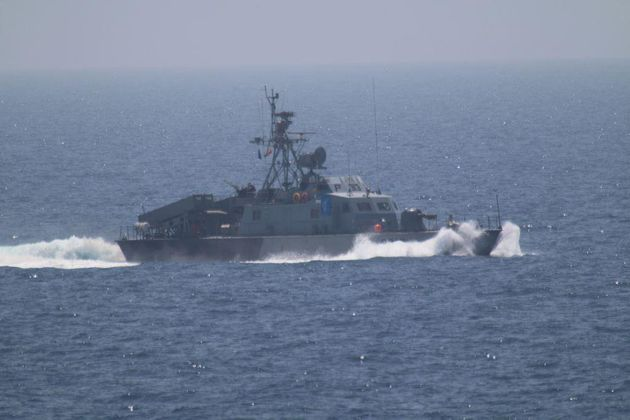 7 Iranian Vessels Harass Navy Ship In