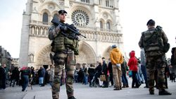 Paris Police Find Car Loaded With Gas Cylinders Near Notre Dame
