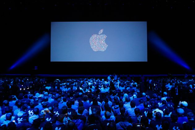 LIVEBLOG: Apple's iPhone Event Starts Tonight 6PM