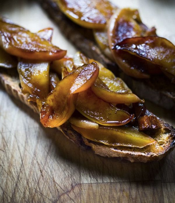"<strong>Get the <a href=""http://www.feastingathome.com/warm-apples-on-hot-toast/"" target=""_blank"">Maple Glazed Apples On Hot"