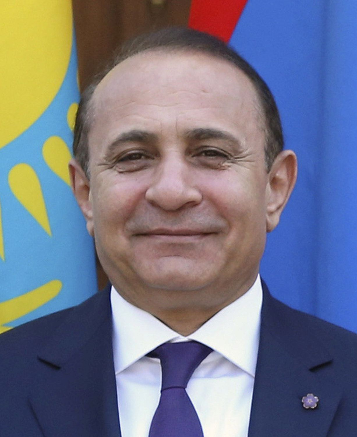 Armenian Prime Minister Hovik Abrahamyan poses for a picture as he attends a meeting of the Eurasian Intergovernmental Council at the Gorki state residence outside Moscow, Russia, April 13, 2016.  REUTERS/Ekaterina Shtukina/Sputnik/Pool/File photoATTENTION EDITORS - THIS IMAGE HAS BEEN SUPPLIED BY A THIRD PARTY. IT IS DISTRIBUTED, EXACTLY AS RECEIVED BY REUTERS, AS A SERVICE TO CLIENTS