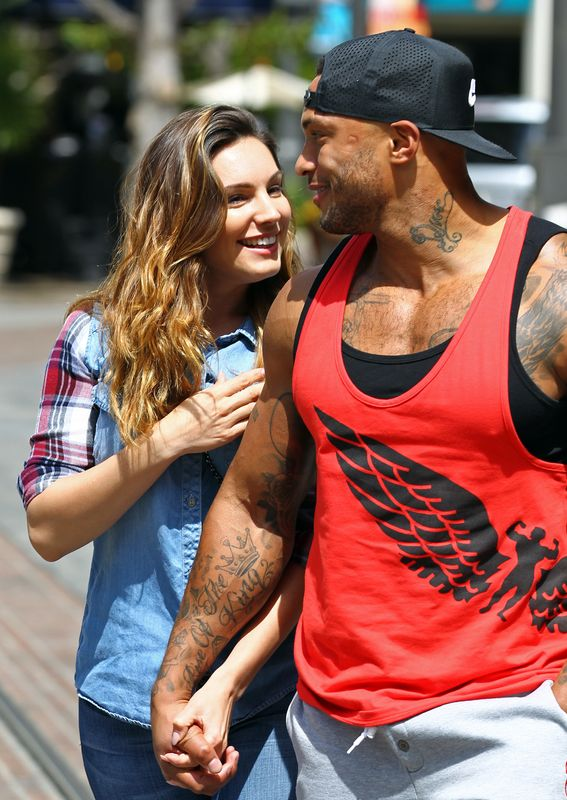 We're seeing a bit of a pattern here, but it was only long after their 'amicable' split that things appeared to turn sour for David McIntosh and Kelly Brook.Shortly after their break-up, they were both victims of a mass celebrity nude photo hacking, with Kelly publicly tweeting David to tell him: 'Your nob's online. Email me.'