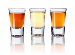 Watch Bartenders Explain The 6 Worst Shots They've Ever Made For A Customer