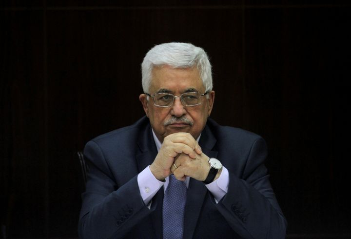 <i></i>Palestinian President Mahmoud Abbas heads a Palestinian cabinet meeting in the West Bank city of Ramallah July 28, 201