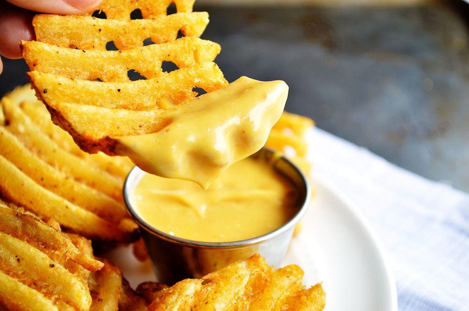 """Get the <a href=""""http://houseofyumm.com/copycat-chick-fil-a-sauce/"""" target=""""_blank"""">{Copycat} Chick-fil-A Sauce</a> recipe fr"""