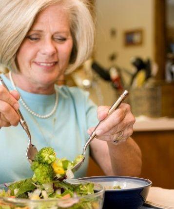 Serving a fresh salad