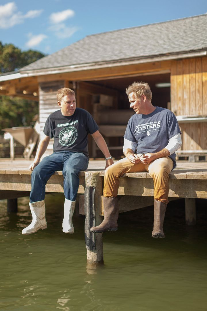 <i>RR Oysters co-founders Travis Croxton (L) and Ryan Croxton (R).</i>