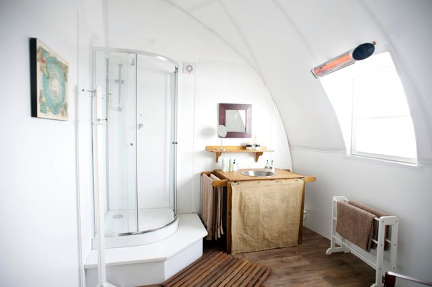 There's A Super Fabulous Pod Hotel In Antarctica, And We REALLY Want To