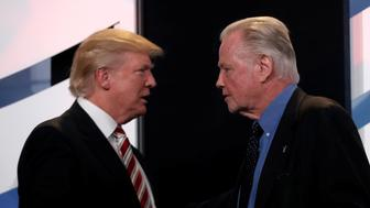 Republican presidential nominee Donald Trump is introduced to the stage by actor Jon Voight before speaking at the Values Voter Summit in Washington, D.C., U.S., September 9, 2016.  REUTERS/Mike Segar