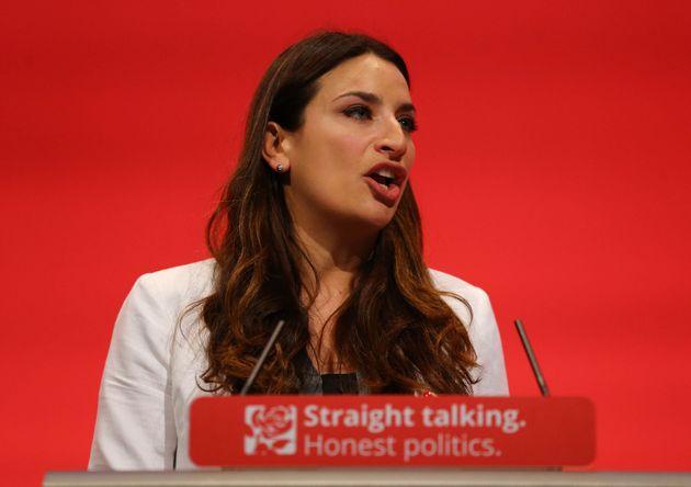 8 Times Politicians Failed At 'Pub Quiz'