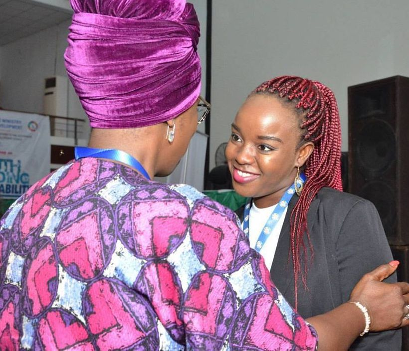 Hon Mrs Toru Ofili, Special Adviser to the Rivers State Governor on SDGs, commending Jennifer after her presentation at a You