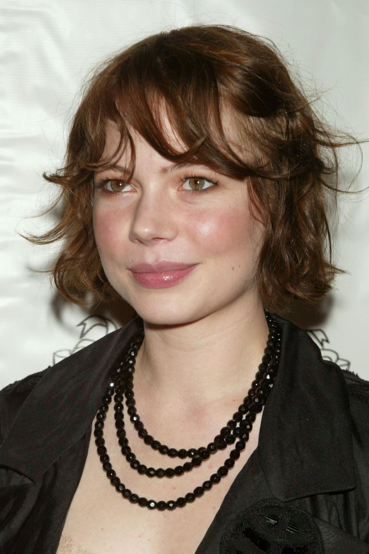 The Hair Evolution Of Michelle Williams Huffpost Life