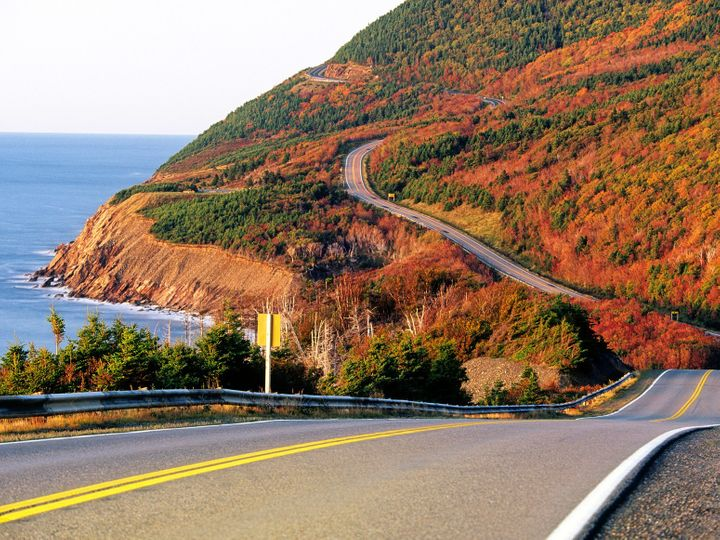 The 5 Best Fall Foliage Drives In New England And Canada