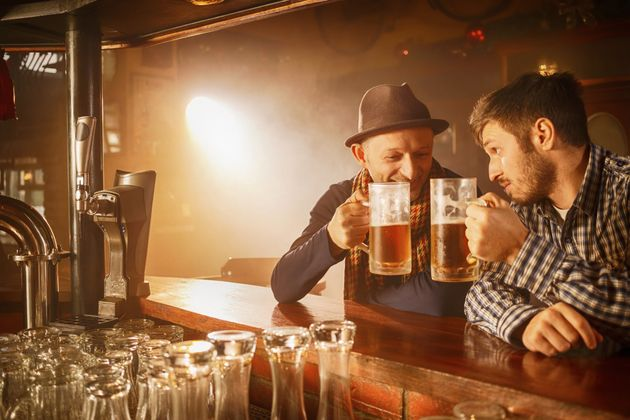 Intoxicated individuals were more likely underestimate their own level of drunkenness if they were surrounded...