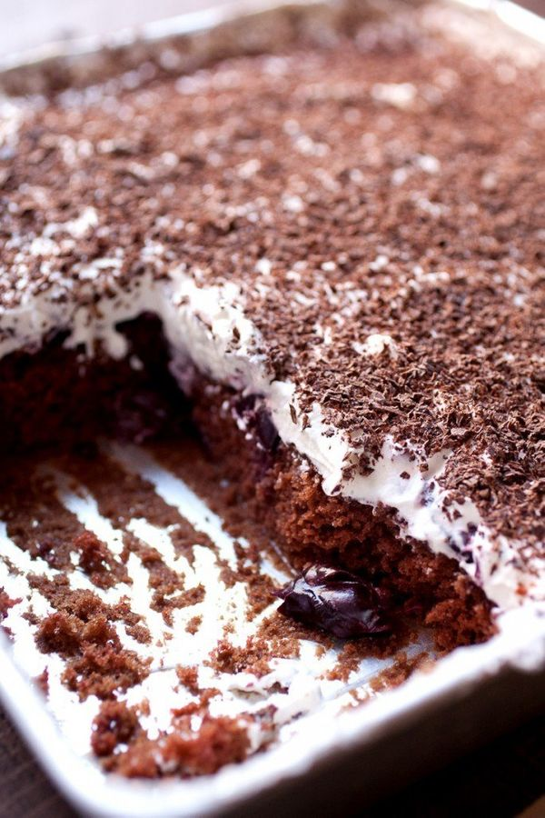"<strong>Get the <a href=""http://www.macheesmo.com/black-forest-sheet-cake/"" target=""_blank"">Black Forest Sheet Cake</a>"