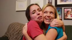 Sisters Surprise Each Other With Pregnancy Announcements On The Same