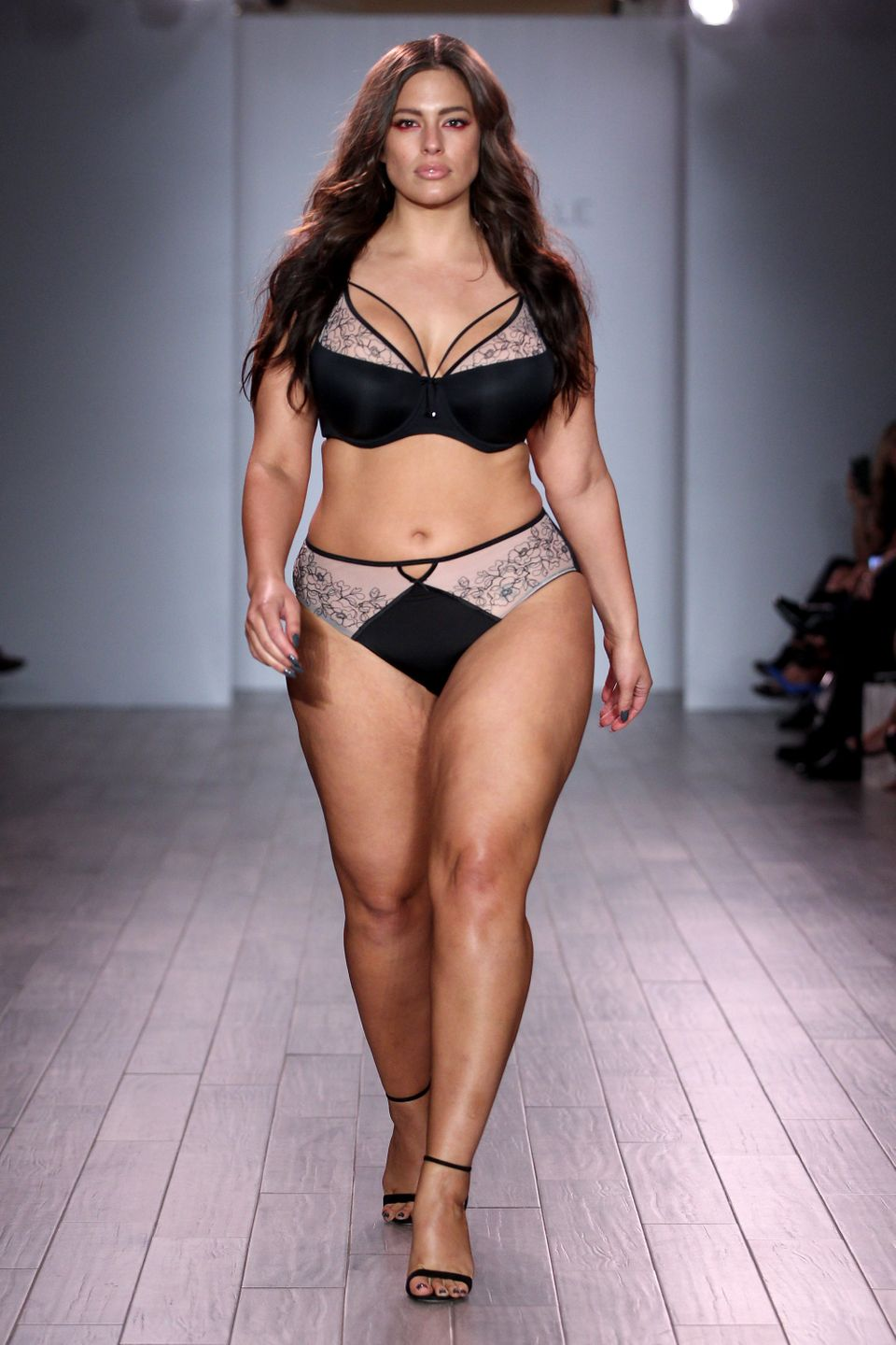 ashley graham s boyfriends broke up with her for the stupidest